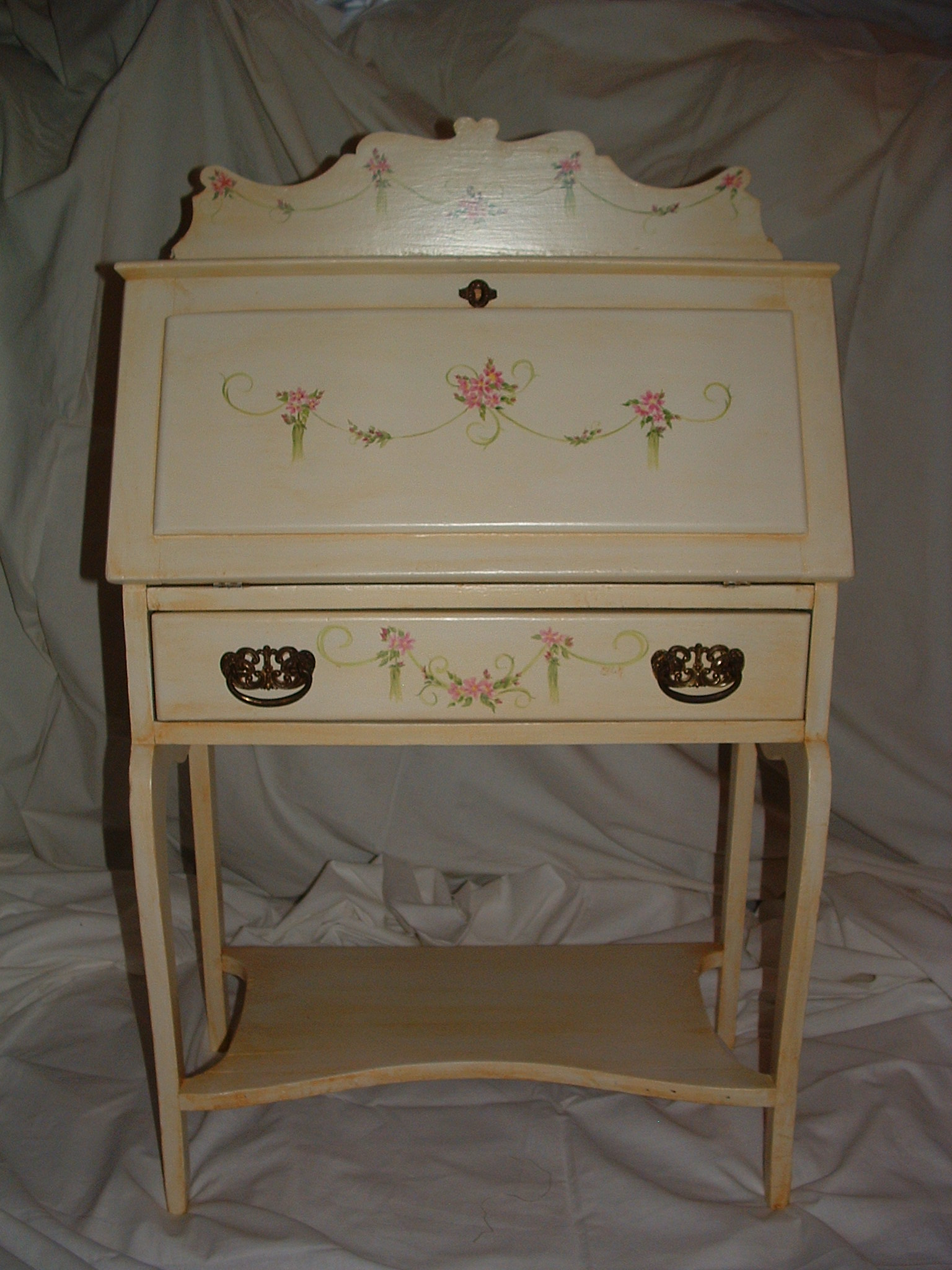 Custom painted furniture miss pam balloons body art Images of painted furniture